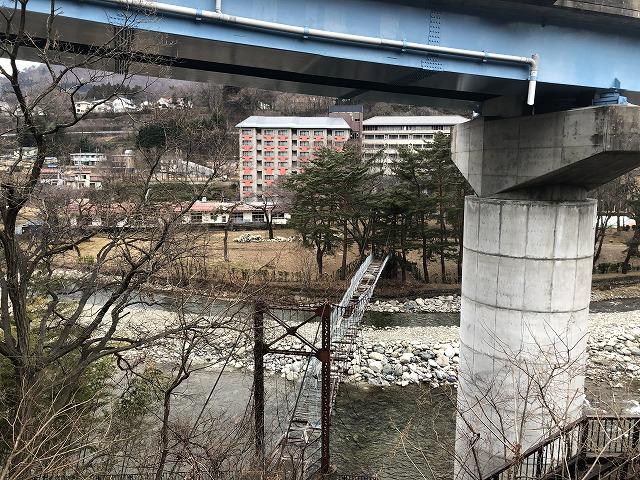 水上の廃橋