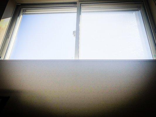 カーテンを開けられない
